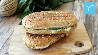 Mozarellalı Pestolu Sandviç